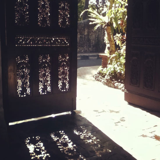 doorbali©louisegale