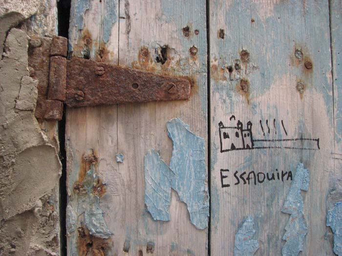 Essouira blue door ©LouiseGale