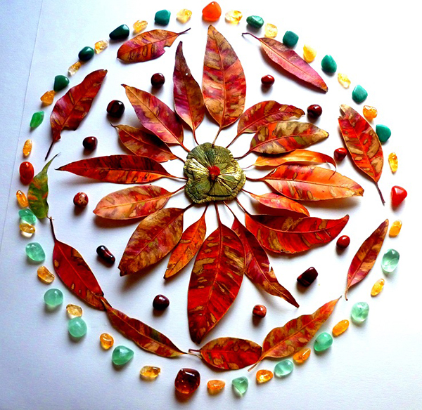 Mixed Media Mandala class Autumn leaves mandala - Judith Clough